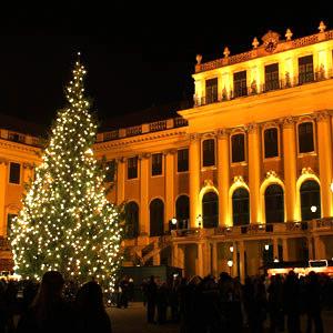 Advent a Schönbrunn kastély parkjában